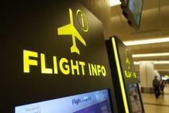 Pannello informativo di volo all'aeroporto di Changi Fotografia Stock Libera da Diritti