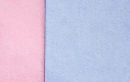 Panni rossi e blu di pulizia Fotografie Stock Libere da Diritti