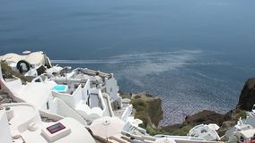 Panning mening van Oia stad, Santorini stock footage