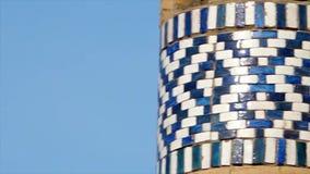 Panning naar een patroon van de mozaïektempel stock videobeelden