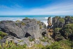 Pannkakan vaggar, Punakaiki, den södra ön, Nya Zeeland Fotografering för Bildbyråer