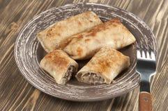 Pannkakor med kött Arkivfoton