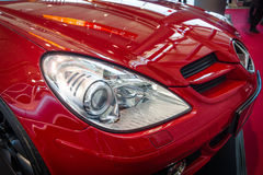 Pannlampa av en sportbil Mercedes-Benz SLK 200 Kompressor (R171), 2006 Arkivbilder