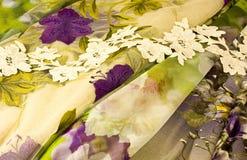 Panno e fiori immagini stock