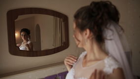 Panny młodej narządzanie dla ślubnej ceremonii zbiory wideo