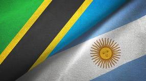Pano de matéria têxtil das bandeiras de Tanzânia e de Argentina dois, textura da tela ilustração royalty free