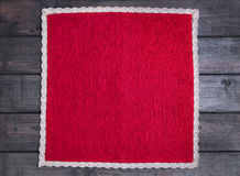 pano vermelho com linho branco laço feito a mão tecido Fotos de Stock