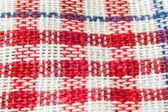 Pano vermelho reto do piquenique Fotos de Stock Royalty Free