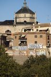 Panorámico de Toledo, con el cielo azul La Mancha de Castilla españa Fotografía de archivo