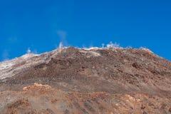 Panorâmico da parte superior do vulcão no patagonia, o Chile de Chaiten d fotografia de stock royalty free