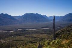 Panorâmico da parte superior do vulcão no patagonia, o Chile de Chaiten d imagens de stock royalty free