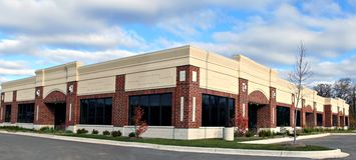 Panora do edifício da empresa de pequeno porte Fotos de Stock