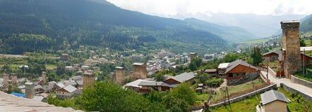 Panoram Mestia i Svaneti Royaltyfria Bilder