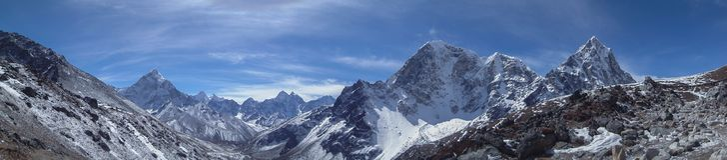 Panoram von Himalaja lizenzfreie stockfotografie