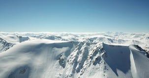 Panorama śnieżne góry Wierzchołki szczyty Epicki momentu truteń zdjęcie wideo