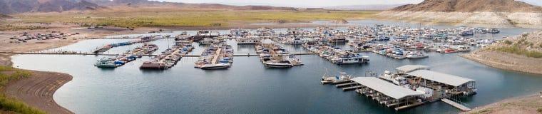 Panorama 2 del puerto deportivo de la aguamiel del lago imagen de archivo libre de regalías