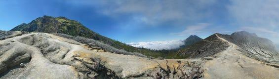 Panorama 2 del vulcano di Ijen Immagine Stock