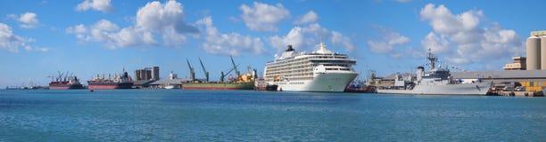 Panorama- 30 megapixels för hamn Arkivbilder