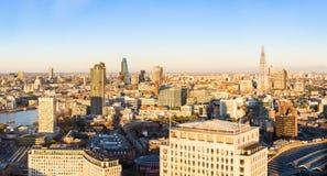 Panorama aéreo de la ciudad de Londres Fotos de archivo libres de regalías