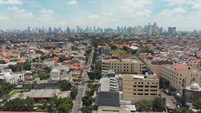 Panorama aéreo de las cercanías de la ciudad de Jakarta indonesia almacen de metraje de vídeo