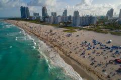 Panorama aéreo del fin de semana del Memorial Day de Miami Beach Imagenes de archivo