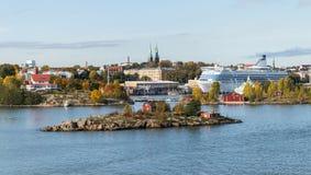 Panorama aéreo do outono cênico da arquitetura velha da cidade em Helsínquia, Finlandia Fotos de Stock Royalty Free