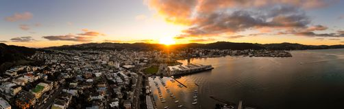 Panorama aéreo, Wellington New Zealand Sunset foto de stock royalty free