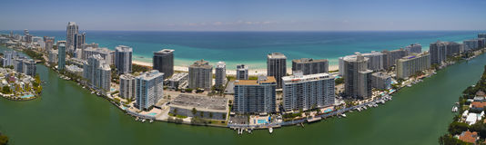 Panorama aérien Miami Beach la Floride Photographie stock libre de droits