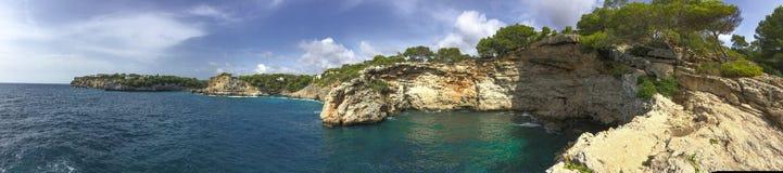Panorama aan de Middellandse Zee baai royalty-vrije stock fotografie
