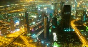Panorama abajo de la ciudad Dubai - UAE Fotos de archivo libres de regalías