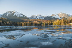 Panorama adorabile nelle montagne Fotografie Stock