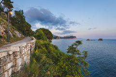 Panorama adriatique de côte près de Petrovac Photographie stock libre de droits