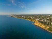Panorama aereo del paesaggio della linea costiera di Melbourne al crepuscolo Fotografie Stock Libere da Diritti