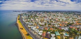 Panorama aereo del sobborgo costiero di Williamstown a Melbourne, Australia Immagine Stock