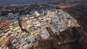 Panorama aereo della città di Fira, Santorini video d archivio