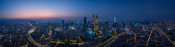 Free Panorama Aerial View In The Middle Of Kuala Lumpur Cityscape Skyline Stock Photography - 109716062