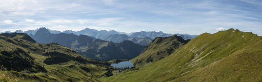 Panorama allemand d'alpes Photos stock