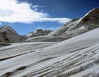 Panorama alpin avec le remonte-pente du Tyrol autrichien photo libre de droits
