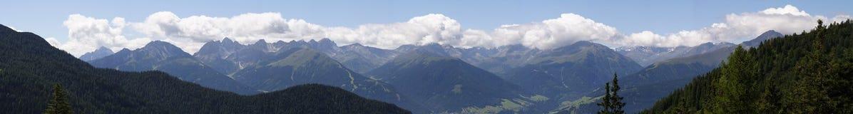 Panorama alpino imagens de stock