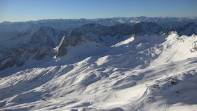 Panorama alpino del Zugspitze almacen de video