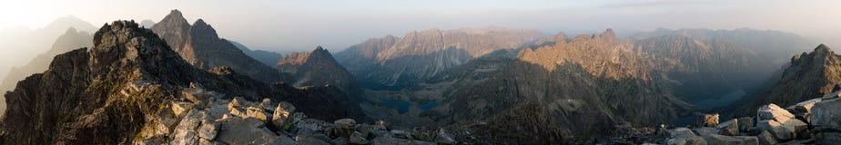 Panorama alto de Tatras, Eslováquia Fotos de Stock Royalty Free