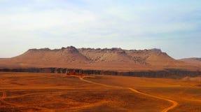 Panorama Amojjar-Durchlauf und Ruinen von Saganne-Fort, Adrar, Mauretanien Lizenzfreies Stockfoto