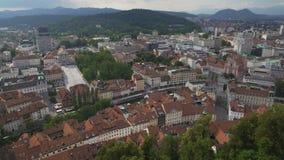 Panorama asombroso de Ljubljana, viejo centro histórico del capital esloveno almacen de video