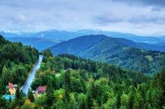 Panorama austríaco de las montañas en Semmering 2 Foto de archivo