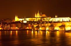 Panorama av aftonen Prague för republiktown för cesky tjeckisk krumlov medeltida gammal sikt Royaltyfria Bilder