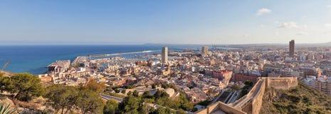 Panorama av Alicante, Spanien Arkivfoton