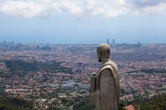 Panorama av Barcelona från monteringen Tibidabo Arkivfoton