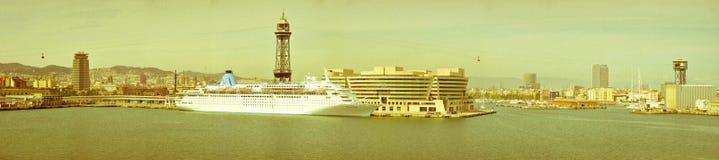 Panorama av Barcelona port Royaltyfri Fotografi