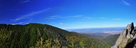 Panorama av berg Arkivfoto