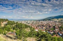 Panorama av Bitola, Makedonien Arkivbilder